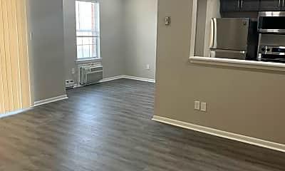 Living Room, 620 W Brookdale St, 2