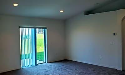 Living Room, 319 Dinner Lake Ct, 1