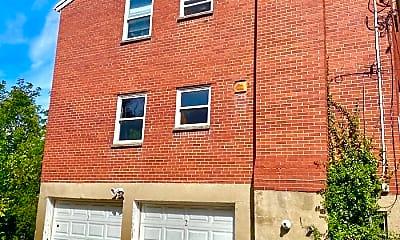 Building, 540 Riddle Crest Ln, 2