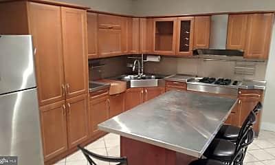 Kitchen, 129 Alcoa St, 0