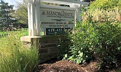 Manor Pointe in Oak Creek, 1