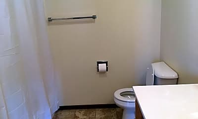 Bathroom, 800 Porter Dr, 2