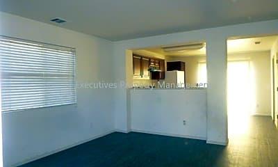 Living Room, 4333 Briggs Ln, 1