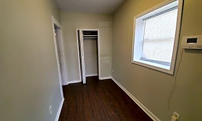 Bedroom, 518 Ohio St, 1
