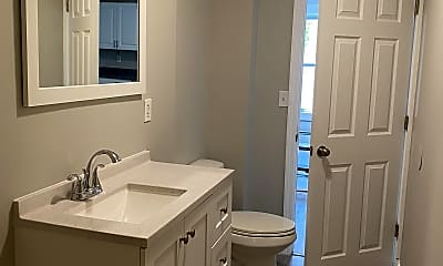 Bathroom, 50 Hilldale Ave, 0