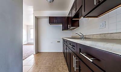 Kitchen, 2710 E 83rd St, 1