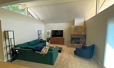 Living Room, 721 Borchard Ct, 2