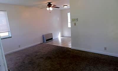 Living Room, 931 Belford Ave, 1