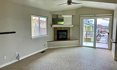Living Room, 1503 Brighton Ave, 1