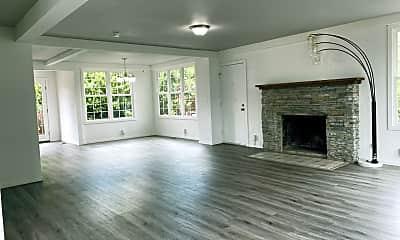 Living Room, 11422 Des Moines Memorial Dr S, 1