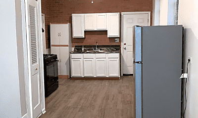 Kitchen, 1512 N Greenview Ave, 1