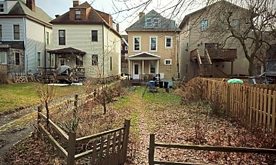 Building, 5437 Potter St, 2