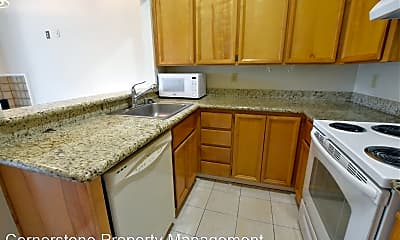 Kitchen, 4691 Albany Cir, 1