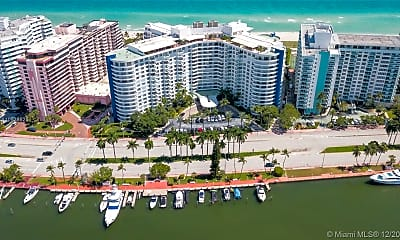 5161 Collins Ave 306, 0