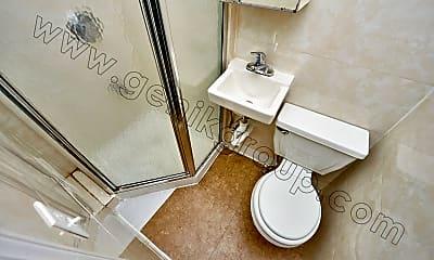 Bathroom, 103 Allen St, 2