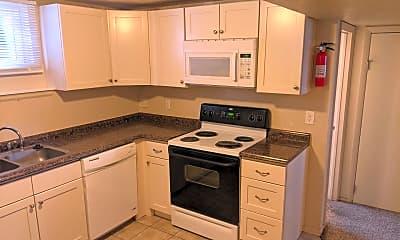 Kitchen, 532 S 1st Way, 1