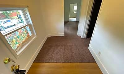 Living Room, 2401 Thompson Ave, 1