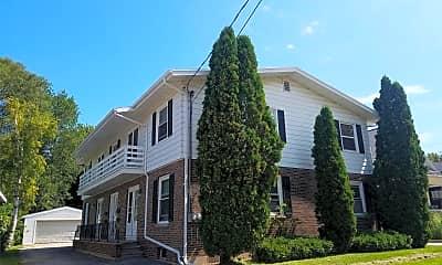 Building, 1126 Jefferson St, 2
