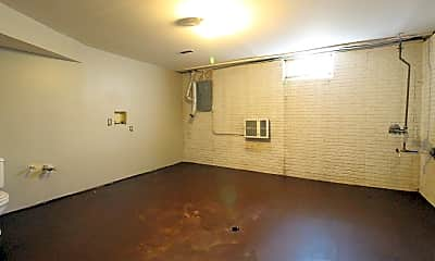 Bedroom, 2595 Sandbury Blvd, 2