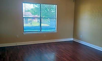 Living Room, 2101 Spicewood Dr, 1
