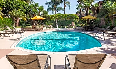 Pool, Huntington Continental, 2