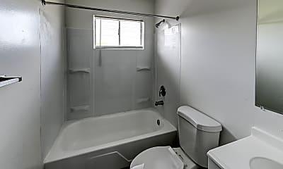 Bathroom, Summit Pointe, 2