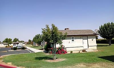 Bear Creek Apartments, 0