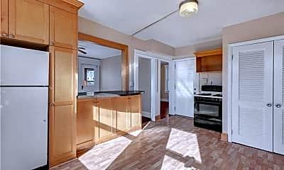 Kitchen, 166 Beaver St, 2