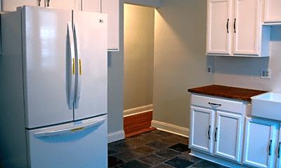 Kitchen, 10 W Selden St, 1
