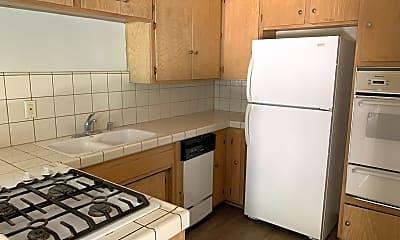 Kitchen, 8740 Owensmouth Ave, 1