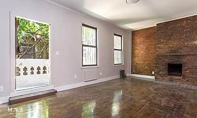 Living Room, 313 W 29th St B, 0
