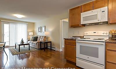 Kitchen, 340 Lafayette Rd, 1