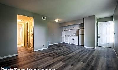 Living Room, 4524 Lafayette Ave, 0