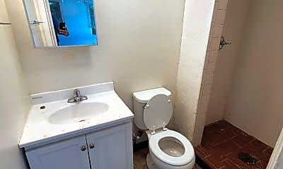 Bathroom, 312 W Vine St, 2
