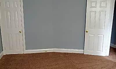 Bedroom, 524 Beaumont Ave, 2