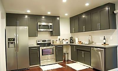 Kitchen, 1385 San Domar Dr, 1