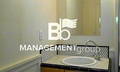 Bathroom, 770 5th St, 2