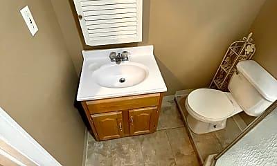 Bathroom, 3 Village St, 2