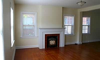 Living Room, 320 N Yale St, 1