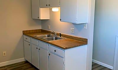 Kitchen, 1002 E Jefferson Rd, 1