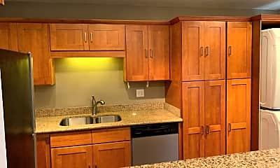 Kitchen, 4204 SE Cesar Estrada Chavez Blvd, 2