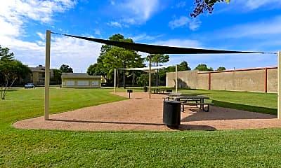 Recreation Area, Arcadia at Westheimer, 2
