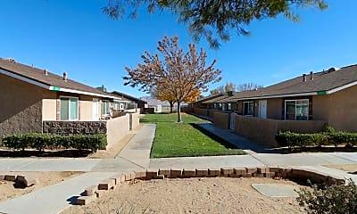 Courtyard, Desert View Apartments, 0