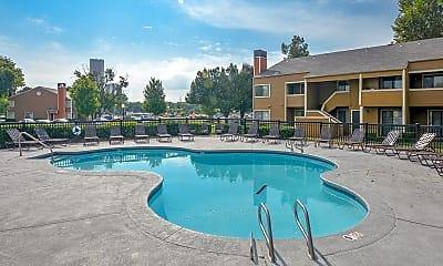 Pool, The Lakes, 0