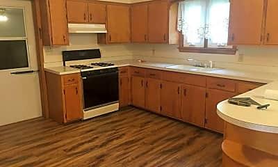 Kitchen, 8679 Maplecrest Dr, 1