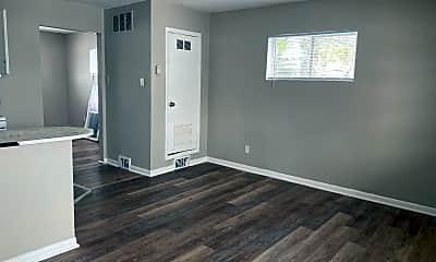 Living Room, 532 Pemberton St, 0