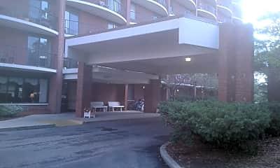 Hubbard Manor West, 2