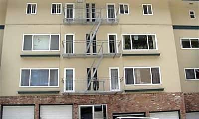 Building, 445 Warren Dr, 2