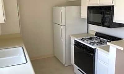 Kitchen, 1227 Barry Ave, 2