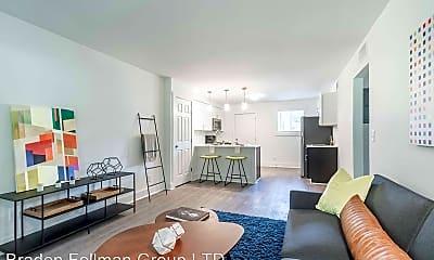 Living Room, 1073-1081 Woodland Ave NE, 0